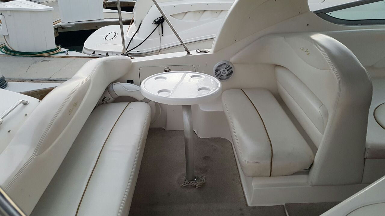 30' Searay Los Cabos Yacht Charters, luxury Boat Rental Cabo San Lucas