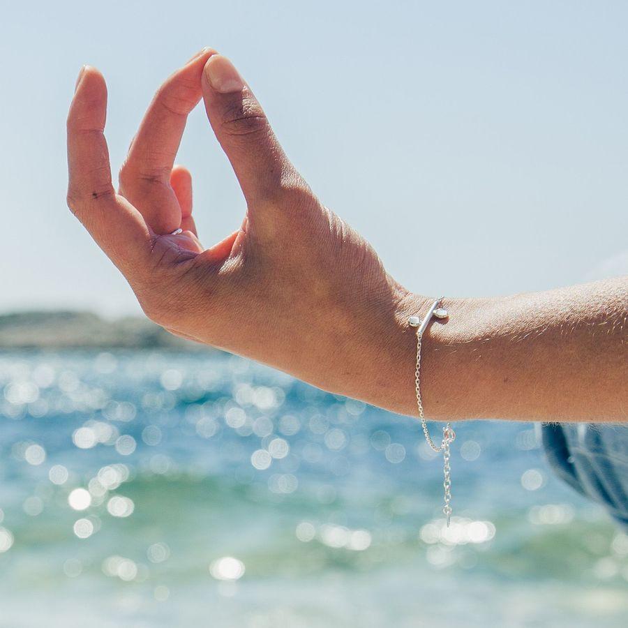 Aglaiaco bijoux argent pierre france ethique equilibre equilibra bracelet bague quartz cabochon %283%29