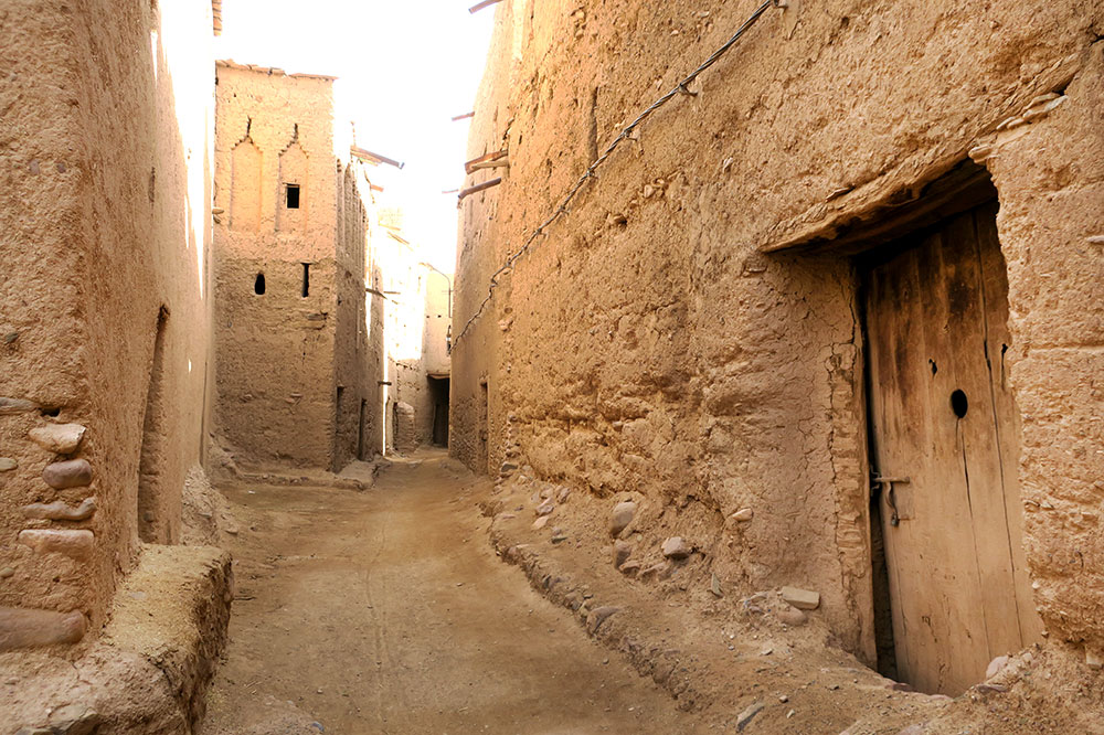 An alleyway in Ait Semgane, a semi-ruined ksar southwest of Tassawant, Morocco