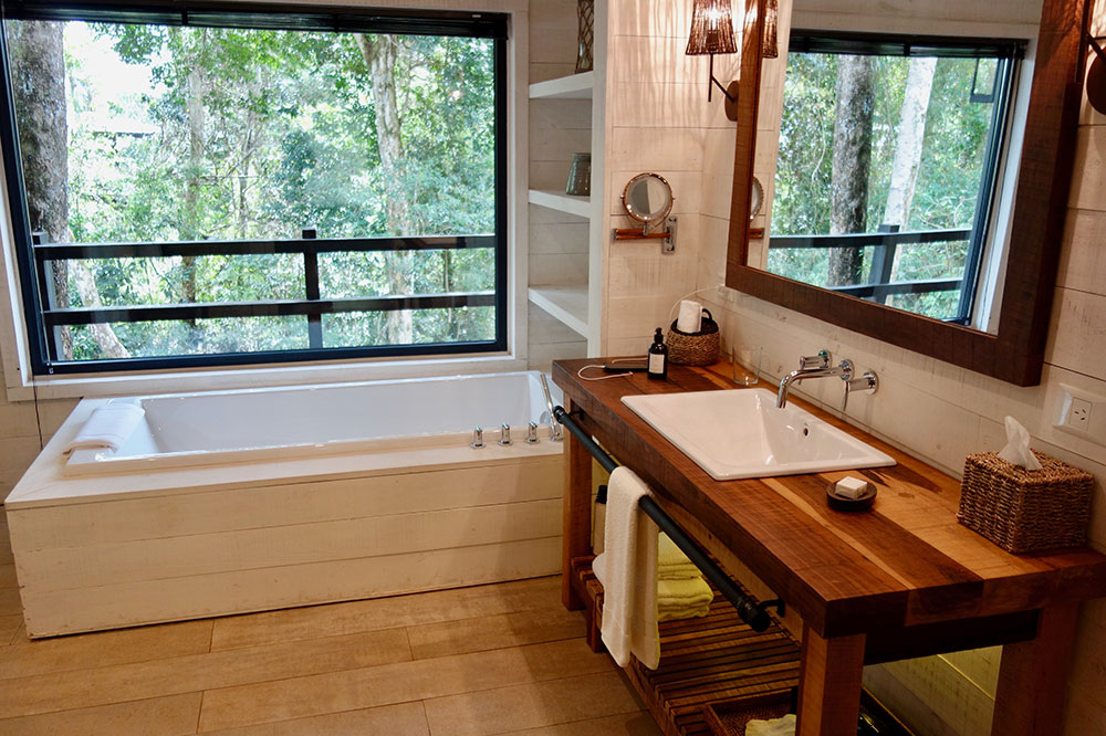 The bath of our villa at Awasi Iguazú