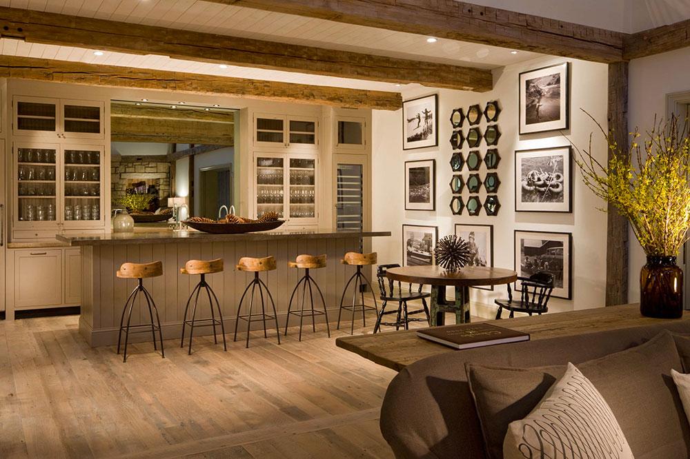 The bar at Scarp Ridge Lodge