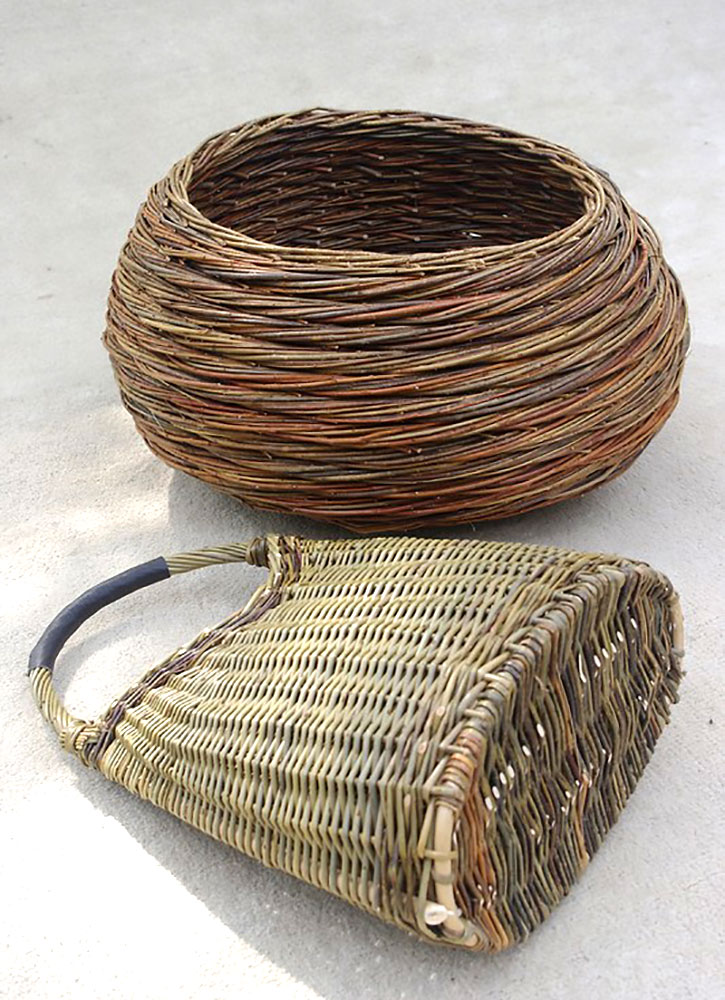 Basket and handbag, available at Val d'Osier, Uzès