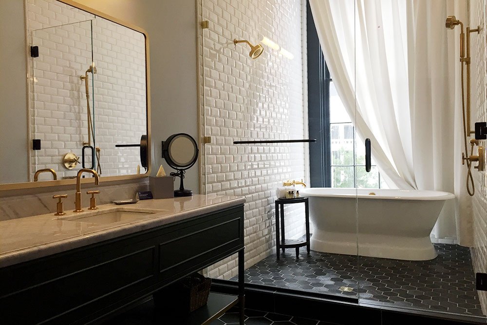 The bath of our Editor's Suite King room at The Eliza Jane