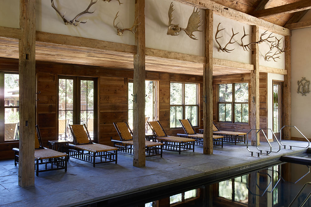 The bathhouse at Taylor River Lodge
