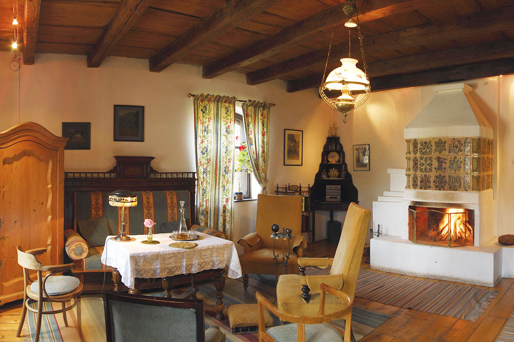 The drawing room at Count Kálnoky's Transylvanian Guesthouses