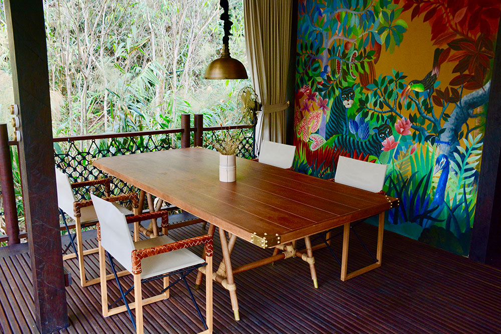 The dining table in our villa at Shinta Mani Wild