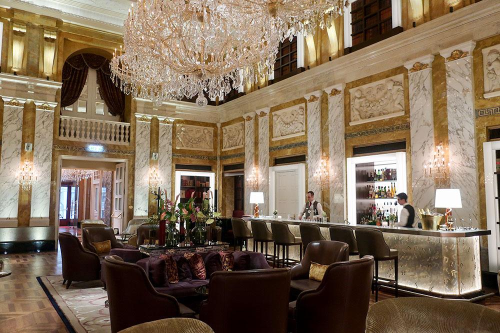 HalleNsalon, the hotel bar, at Hotel Imperial in Vienna