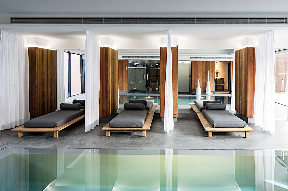The indoor pool at Sublime Comporta