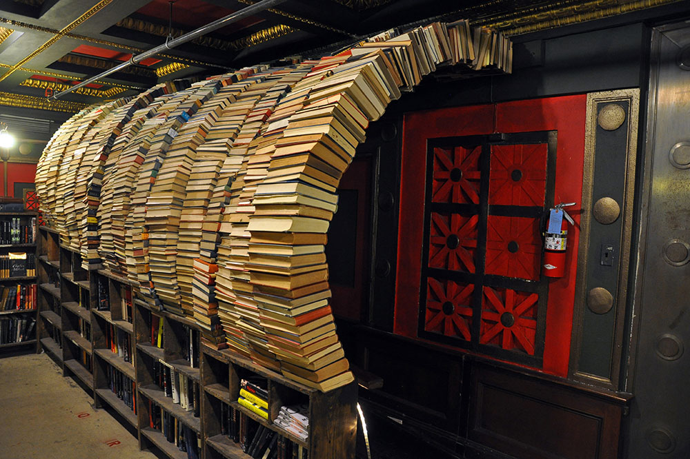 A book tunnel at The Last Bookstore