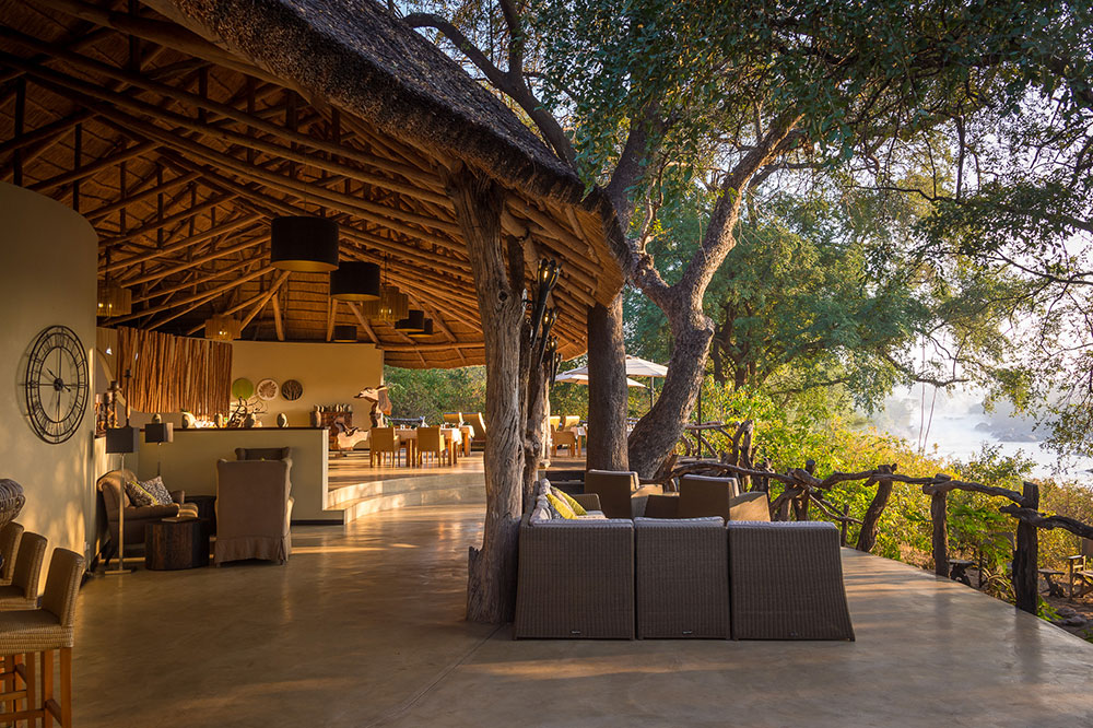 Lounge area at Mkulumadzi lodge