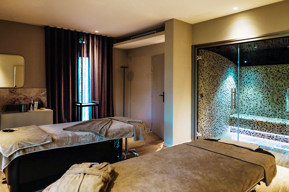 The spa treatment room at Misincu