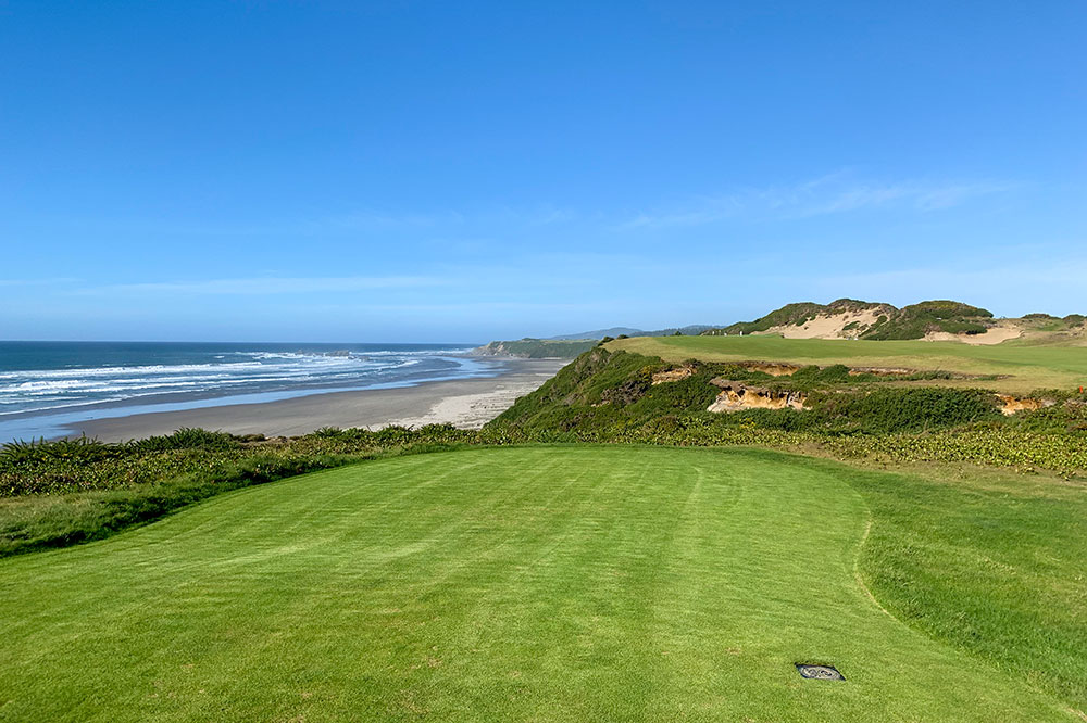 Seaside holes on the Pacific Dunes course at Bandon Dunes