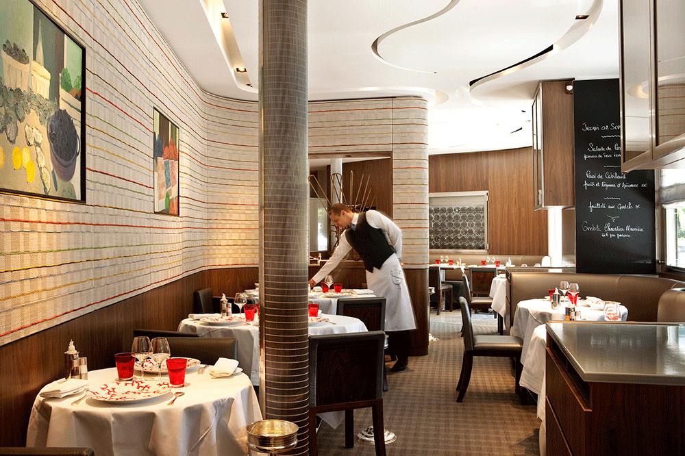 Dining room at Dessirier