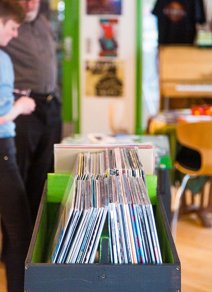 Records for sale at Tutl, Tórshavn