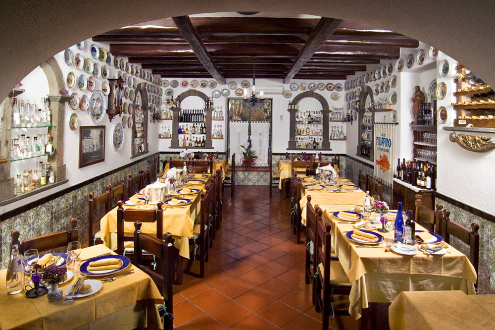 Dining room at Il Filippino on the island of Lipari in Italy