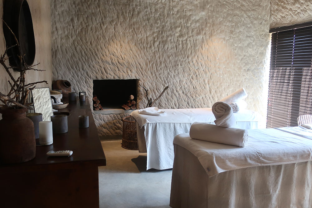 The treatment room of the spa at Omaanda