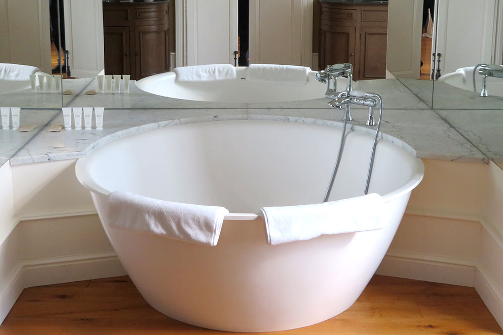 The bath of our Sun King Suite at the Château de Sacy