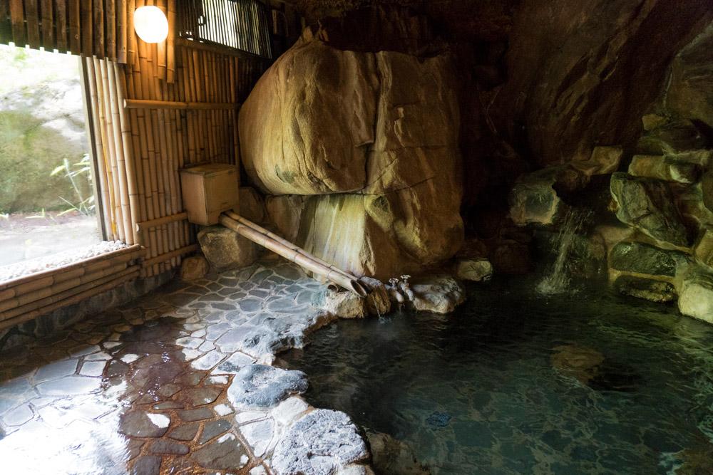 Stone onsen at Wanosato
