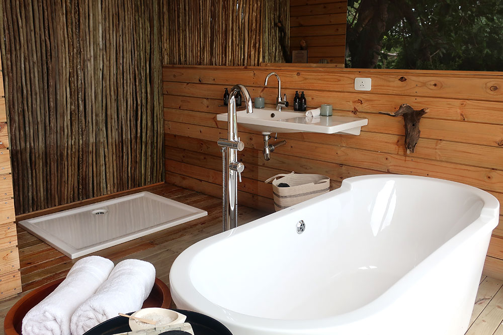 The bath of our treehouse at Victoria Falls River Lodge Island Treehouses