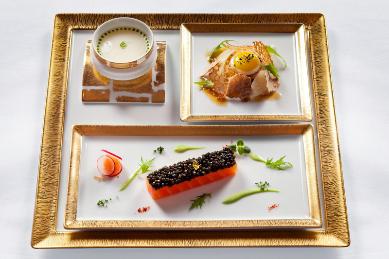 Beautifully presented dishes at La Grande Maison's <i>Restaurant Gastronomique </i>by Joël Robuchon - © Deepix