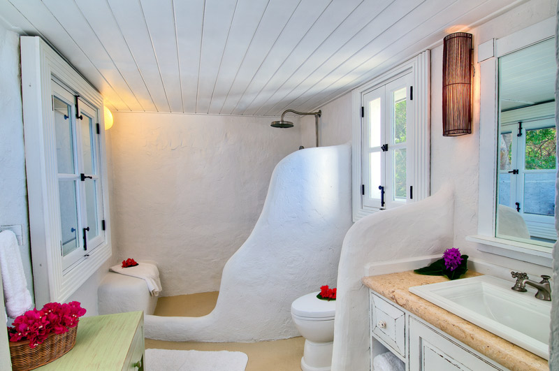 Cottage bath at Guana Island