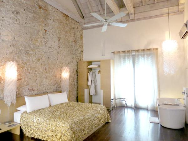"Tcherassi's ""Mousseline"" room"