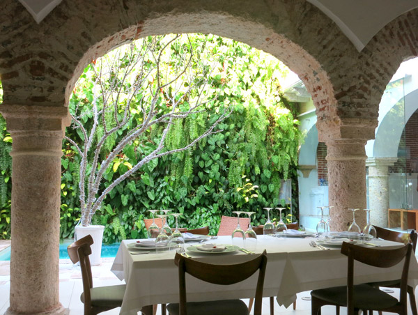 <i>Vera</i> restaurant, Tcherassi