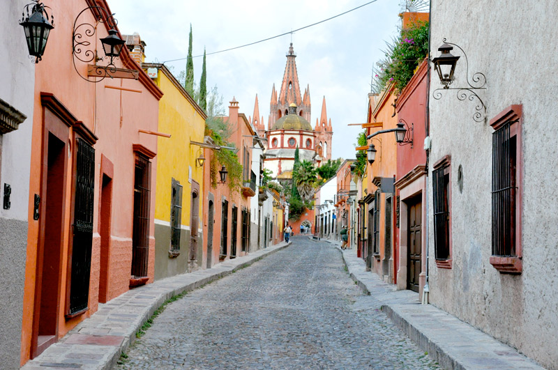 San Miguel de Allende street - Photo by Andrew Harper