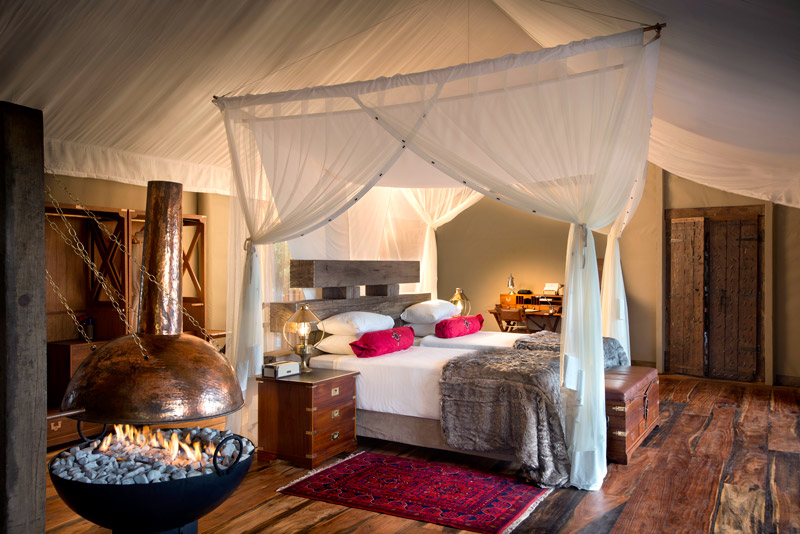Dhow Suite interior at Zarafa Camp in Botswana - © Great Plains Conservation / Dookphoto