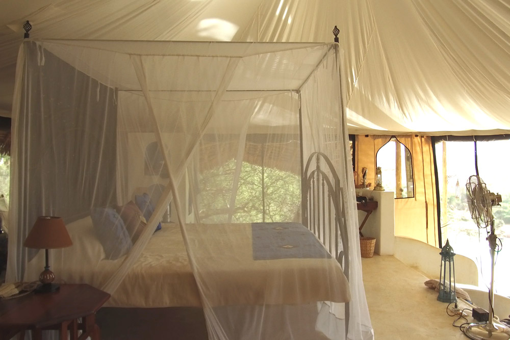 Our four poster bed at Sasaab - Scott Dubois