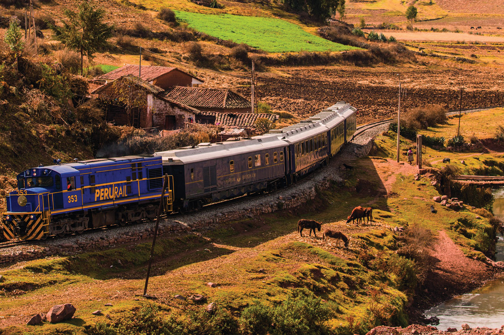 The Belmond <em>Hiram Bingham</em> traversing the Peruvian countryside