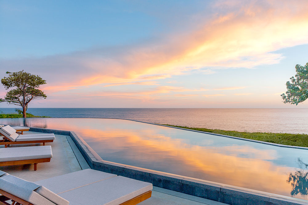 Infinity pool at Amanera
