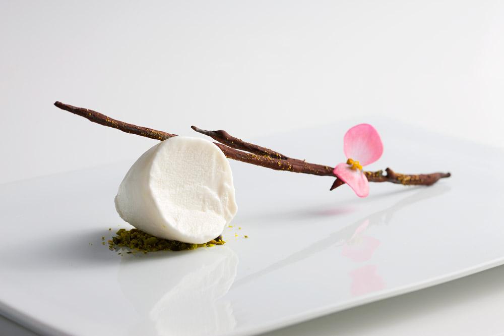 The fig leaf ice cream at <em>Dabbous</em>