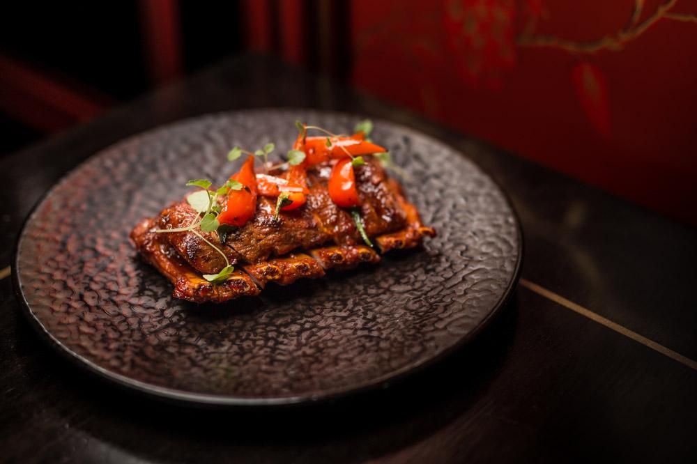 Veal ribs in Zhenjiang vinegar at <em>Hakkasan Mayfair</em>