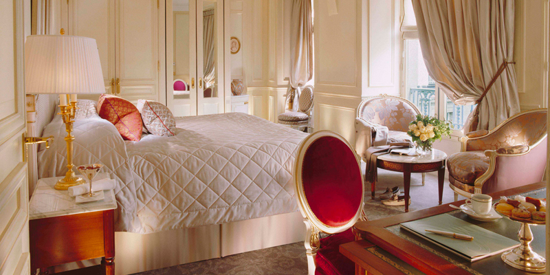 Bedroom at the Le Meurice