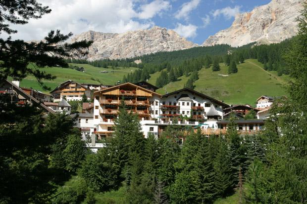 A Classic Revisited Hotel Spa Rosa Alpina - Hotel and spa rosa alpina