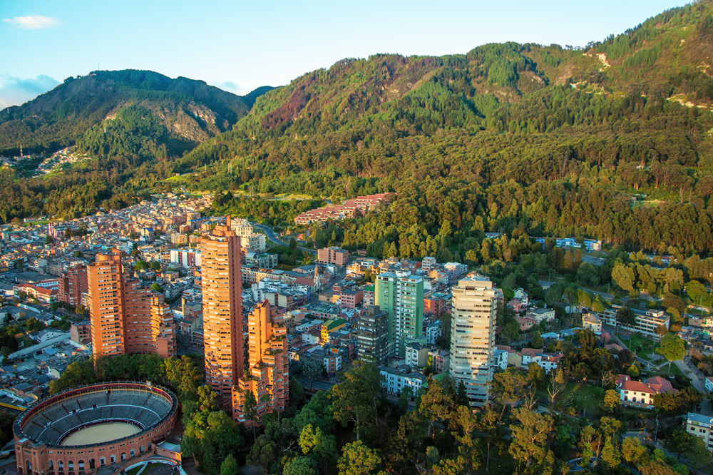 Aerial view of Bogota and the Andes Mountains - Thinkstock/DC_Colombia