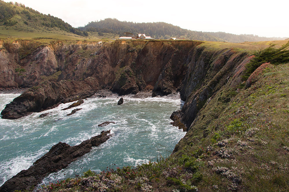The Inn at Newport Ranch on a bluff cove in Fort Bragg, California