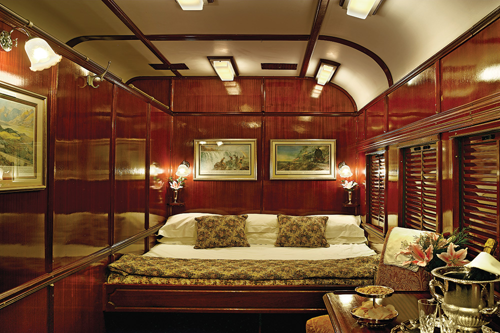The Deluxe Double room aboard <em>Rovos Rail</em>
