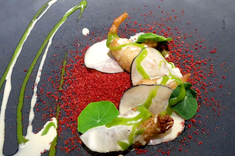 Quail's leg tempura at <em>El Portal</em> in the Hotel Gastronómico Echaurren