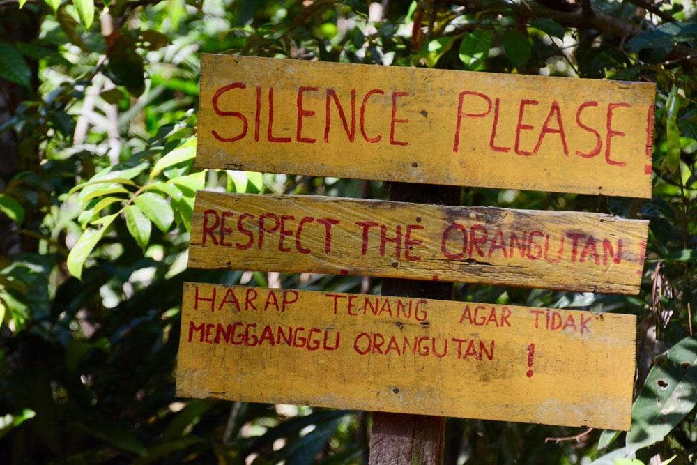A sign welcoming us to the orangutan feeding area
