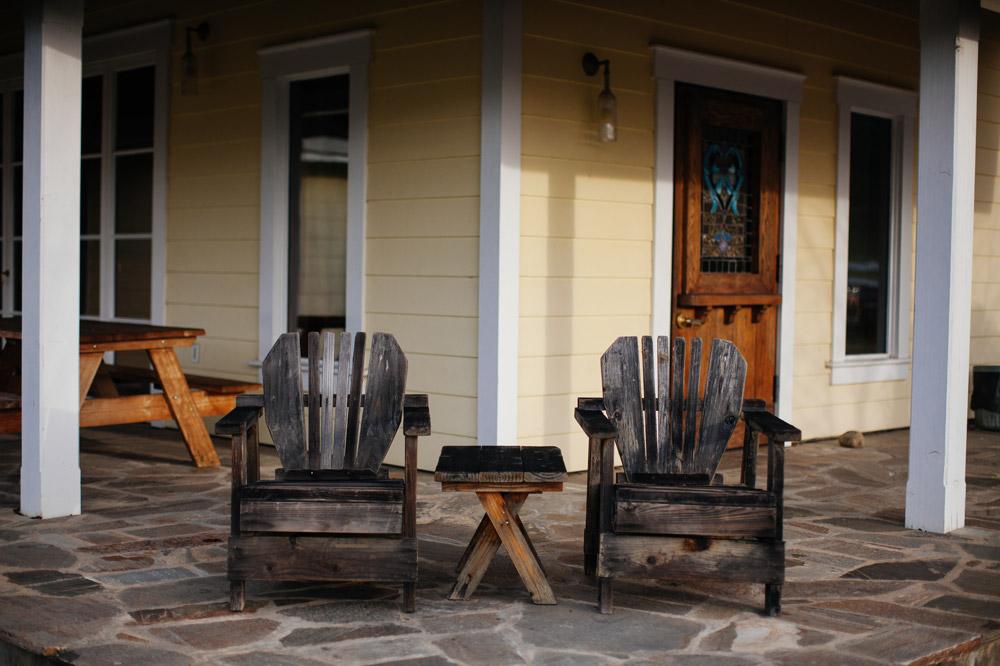 Tasting room porch at Lichen Estate