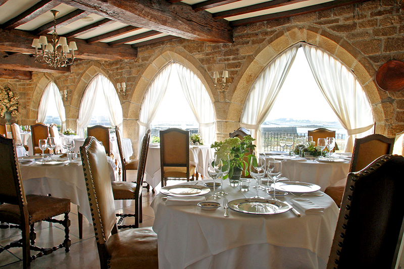 The Yachtman restaurant at Le Brittany