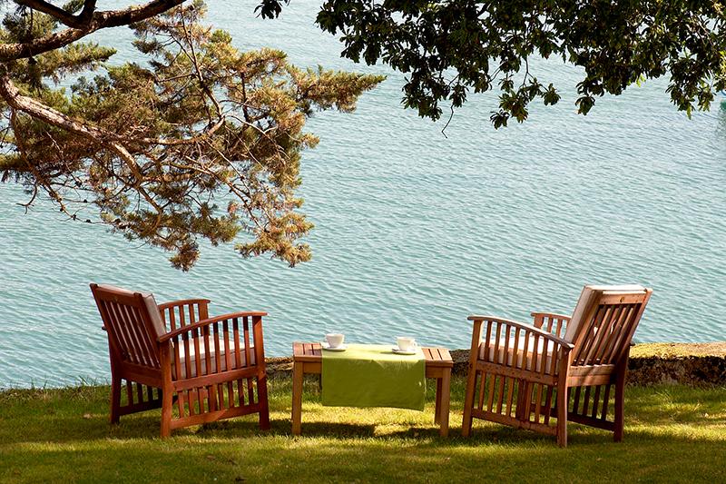 Garden chairs at Villa Tri Men