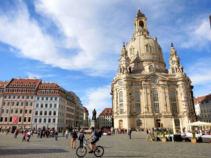 Hotels in dresden germany for Hotel dresden frauenkirche