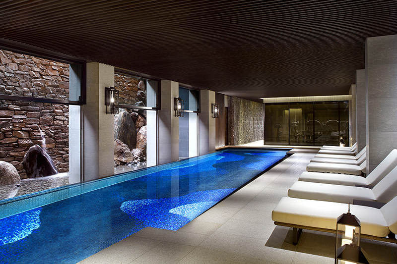 Spa pool at The Ritz-Carlton, Kyoto - © Christopher Cypert