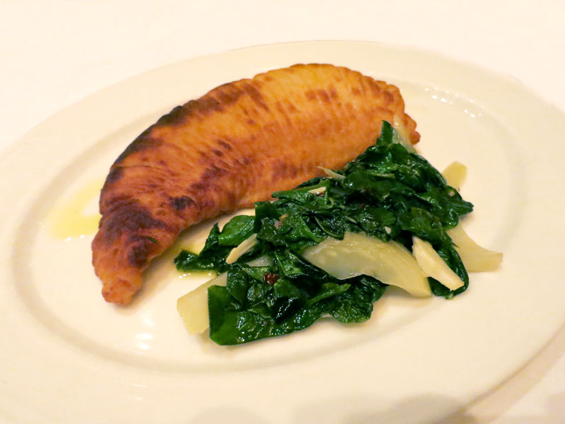 Skatewing with spinach and onions at <em>ESCA</em> - Photo by Andrew Harper