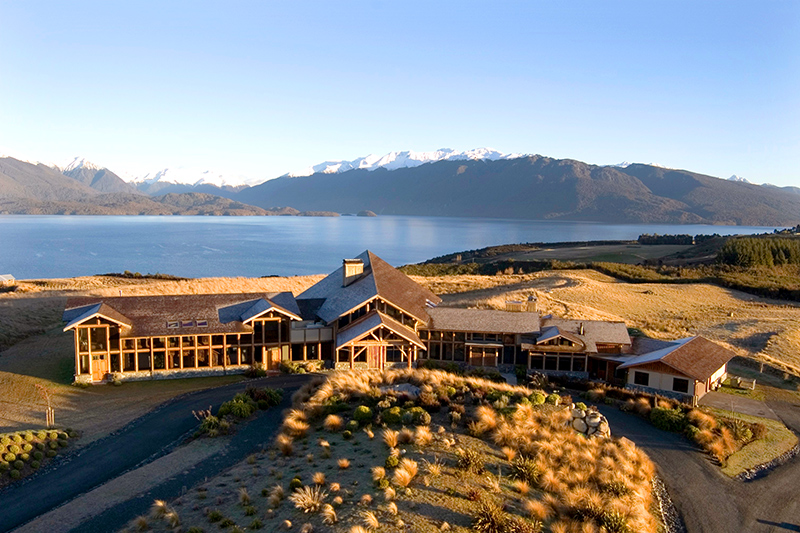 Fiordland Lodge on Lake Te Anau