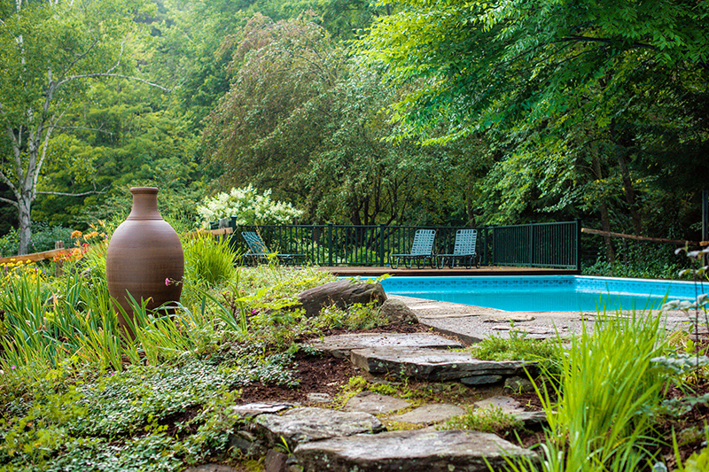 Pool and garden at Four Columns Inn