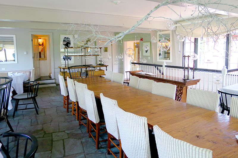 Dining room at Edson Hill